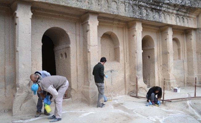Ihlara'daki bin 100 yıllık kilise turizme kazandırıldı