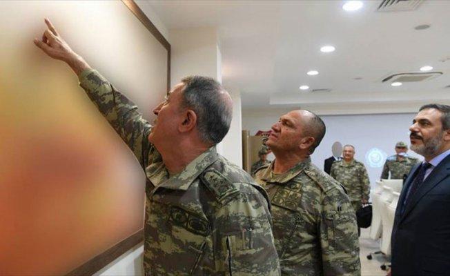 Komutanlar Hatay'daki birliklerde incelemelerde bulundu