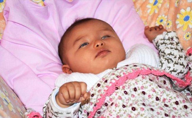 Masal bebek görebilmek için uzanacak yardım elini bekliyor