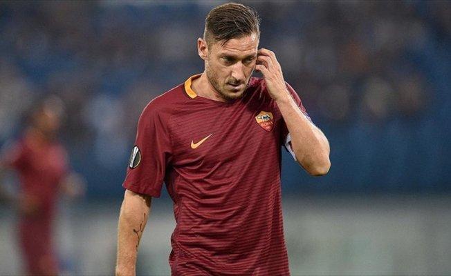 Totti antrenörlük kursundan ayrıldı