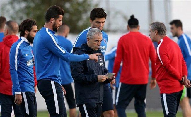 Trabzonspor Çalımbay ile ilk peşinde