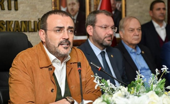 AK Parti Sözcüsü Ünal: Dört tane terör örgütüyle savaşıyoruz