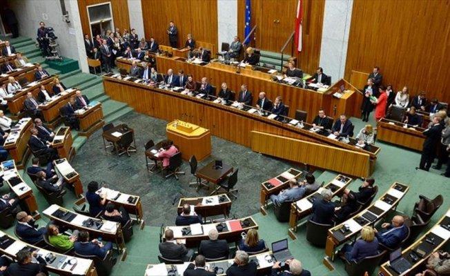 Avusturya'daki STK'lardan yeni meclise 'Neonazi' tepkisi