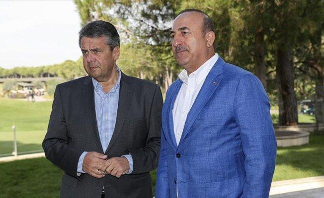Çavuşoğlu, Alman mevkidaşı Gabriel ile görüştü