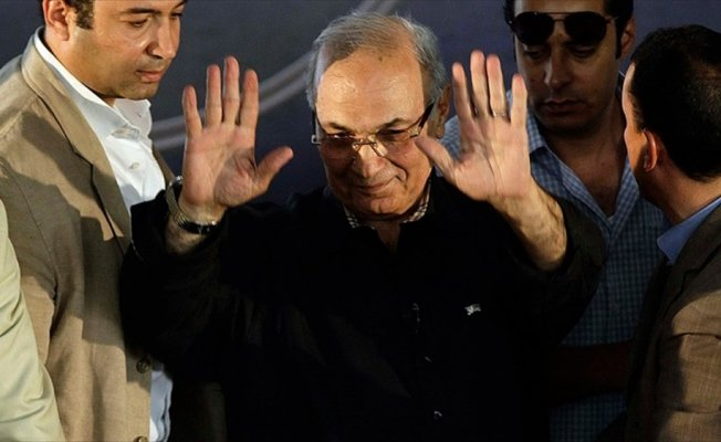 Eski Mısır Başbakanı Şefik BAE'den ayrılıyor