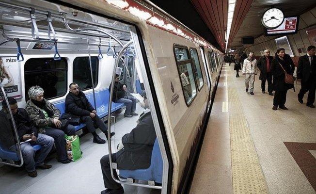 'İstanbul'da raylı sistemlerin 400 km üzerine çıkması hedefleniyor'