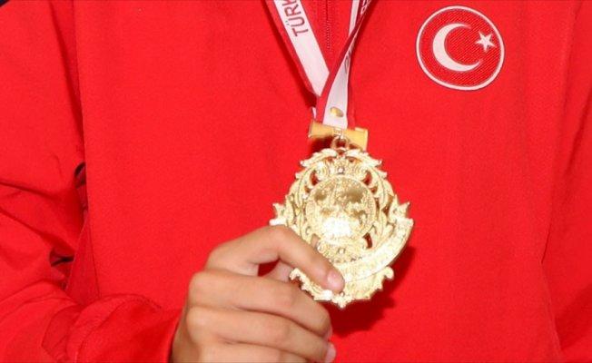 Tekvandoda Avrupa Gençler Şampiyonası'nın ilk gününde 2 altın madalya