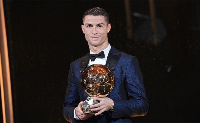 Altın Top Ödülü, 5. kez Ronaldo'nun
