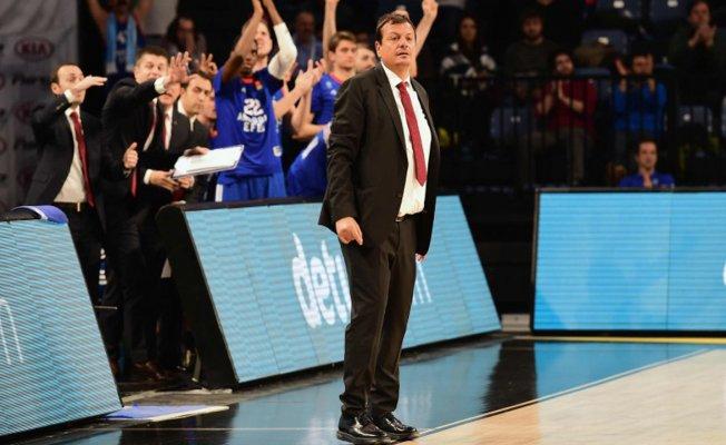 Anadolu Efes 69-58 Brose Baskets Bamber