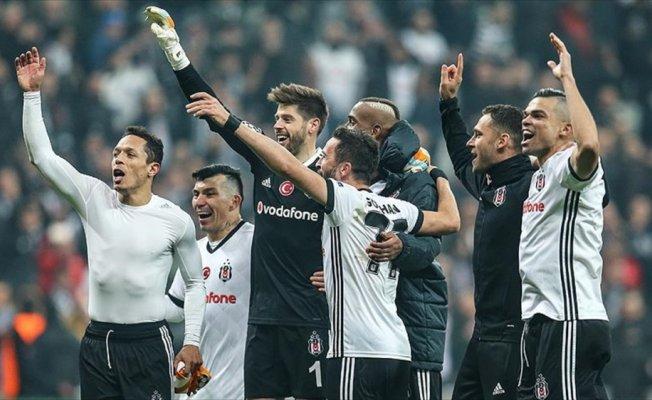 Beşiktaş, rekorlarla grubu bitirme peşinde