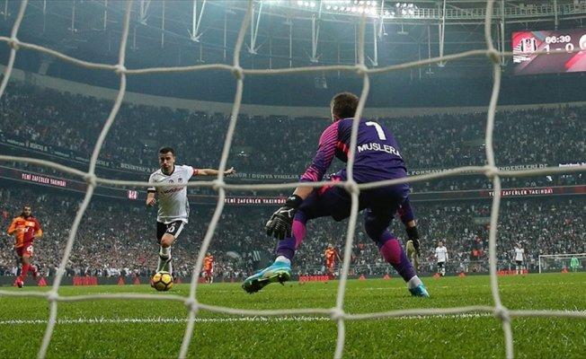 Beşiktaş sahasında taraftarlarını gole doyurdu