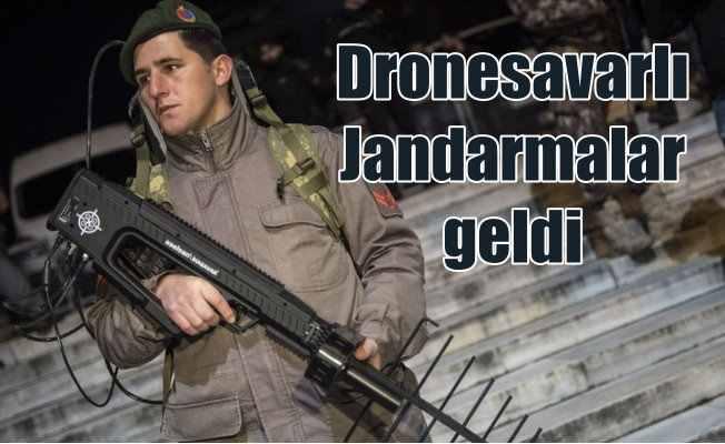 Dronesavarlı jandarmalar, parmakları tetikte bekledi