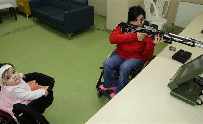 Engelli anne olimpiyatlara bebeğiyle hazırlanıyor