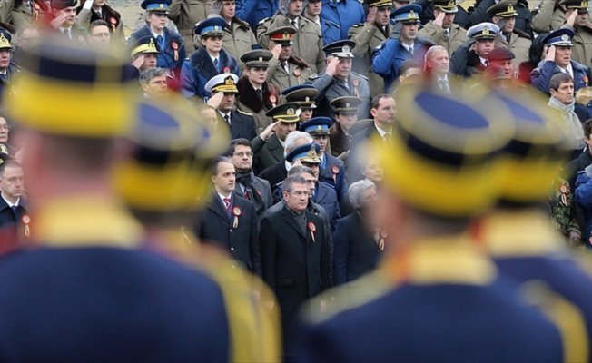 Milli Savunma Bakanı Canikli, Romanya Milli Günü törenine katıldı