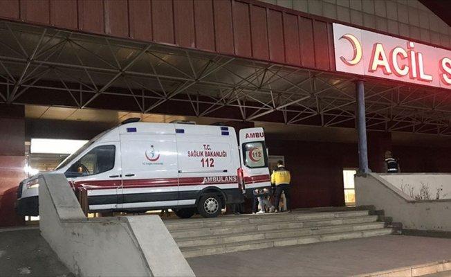 Sınırda saldırıya uğrayan İranlılara Mehmetçik yardım etti