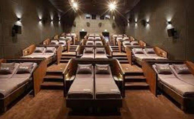 Türkiye'de ilk yataklı sinema salonu açıldı