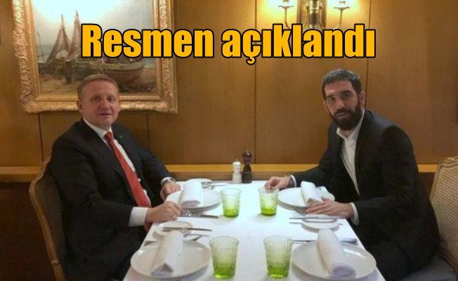 Arda Turan Başakşehir'de: Resmen açıklandı