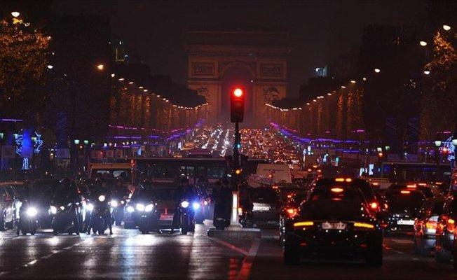 Fransa'da 'Eleanor' kasırgası nedeniyle turuncu alarm verildi