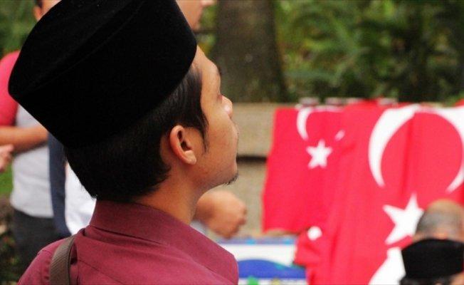 Malezya'da Zeytin Dalı Harekatı'nın başarısı için hacet namazı
