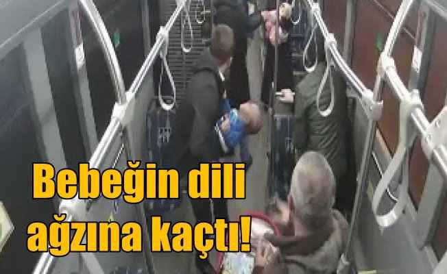 Otobüste bebeğin dili boğazına kaçınca, imdada şoför yetişti