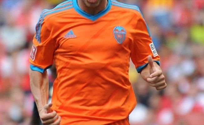 Valencia, Arsenal'in orta saha oyuncusunu aldı