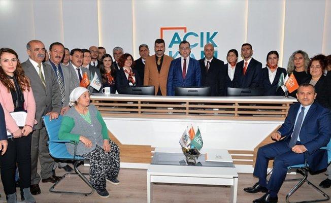 'Açık Kapı Milletin Kapısı' projesi Tunceli'de hizmette