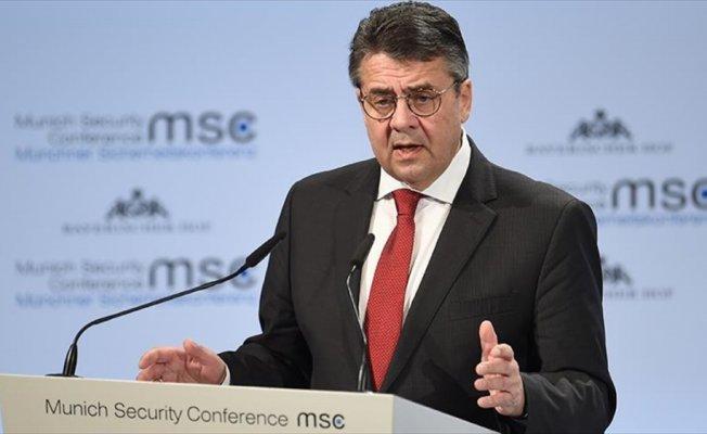 Gabriel: Türkiye ile ilişkilerin tekrar sıkılaştırılmasından yanayız