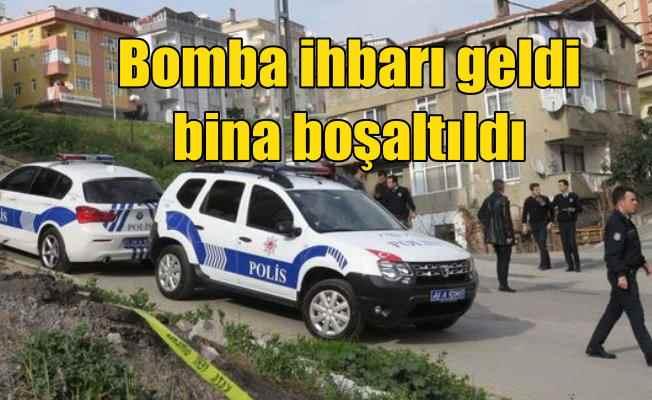 Ataşehir'de bomba ihbarı; 5 katlı bina boşaltıldı