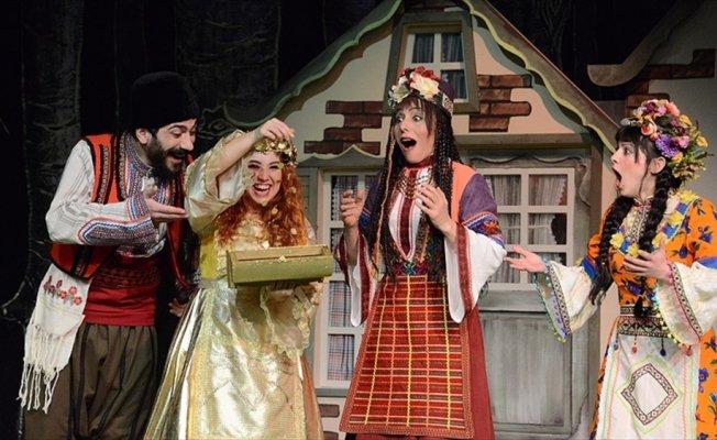 Devlet Tiyatroları çocuklara iyiliği 'Altın Kız' ile öğretecek