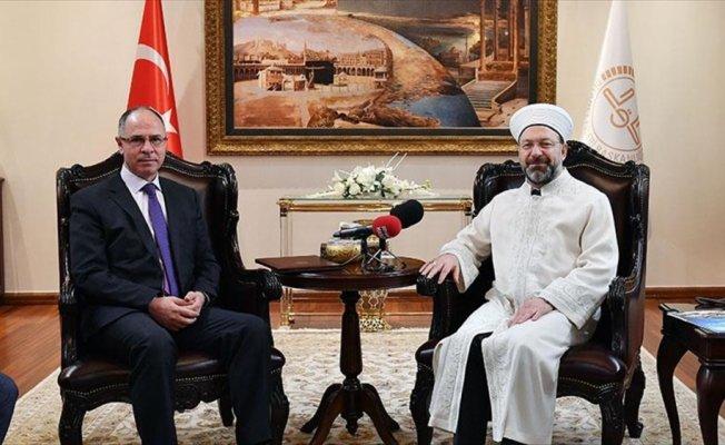Erbaş, Filistin'in Ankara Büyükelçisi Mustafa ile görüştü