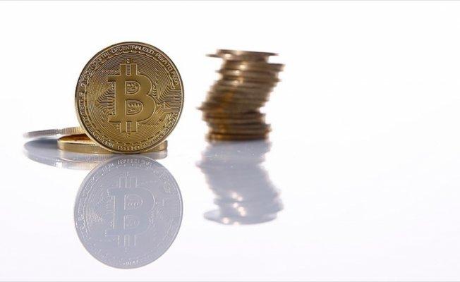İngiliz bankası kredi kartıyla Bitcoin alımını yasakladı