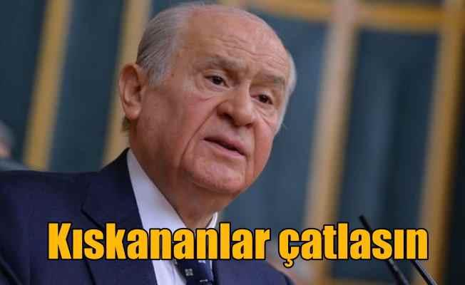 MHP Antalya'da kampa girdi: Bahçeli 'Kıskananlar çatlasın' dedi