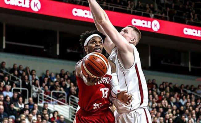 Milli Takım baskette Letonya'ya yenildi