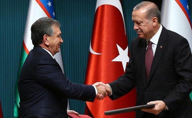 Mirziyoyev Cumhurbaşkanı Erdoğan ile telefonla görüştü