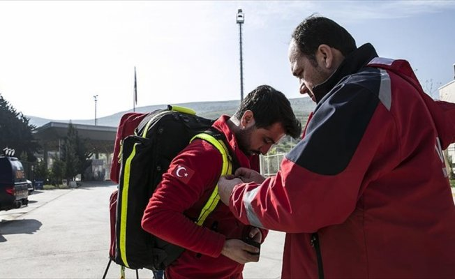 Sağlıkçılar gönüllü 'Afrin nöbeti'nde