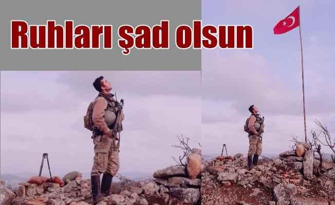 8 şehit verdiğimiz tepeye Türk bayrağı dikildi