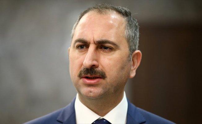 Adalet Bakanı Gül:  Amacımız tasfiye değil, takviye