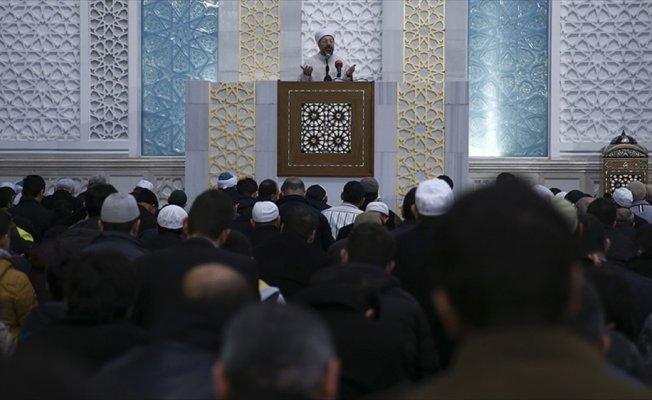 Diyanet İşleri Başkanı Erbaş'tan Mehmetçik için dua