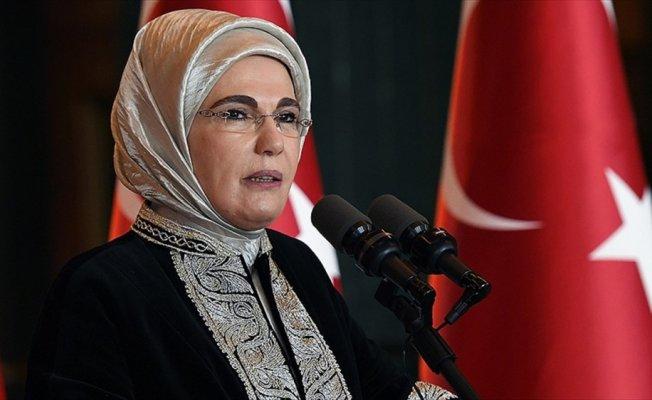 Emine Erdoğan'dan RTÜK'ün reklam düzenlemesine destek