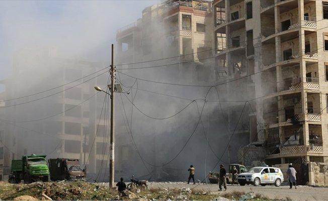 İdlib'e hava saldırısı: 16'sı öğrenci 20 ölü