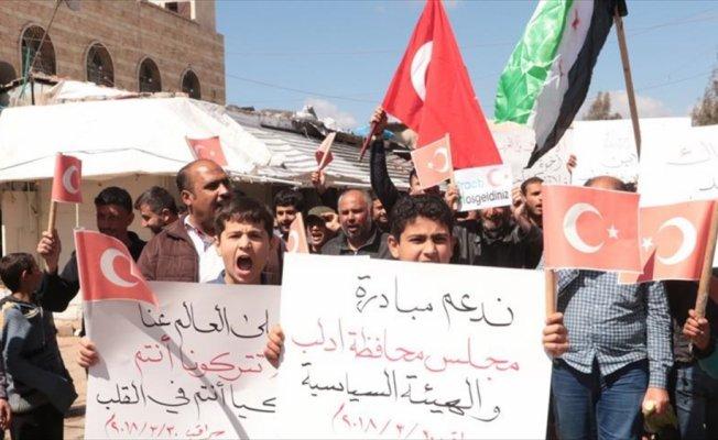 İdlibliler rejimin saldırılarına karşı Türkiye'den yardım istedi