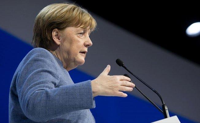 Merkel 4. kez başbakan olma yolunda