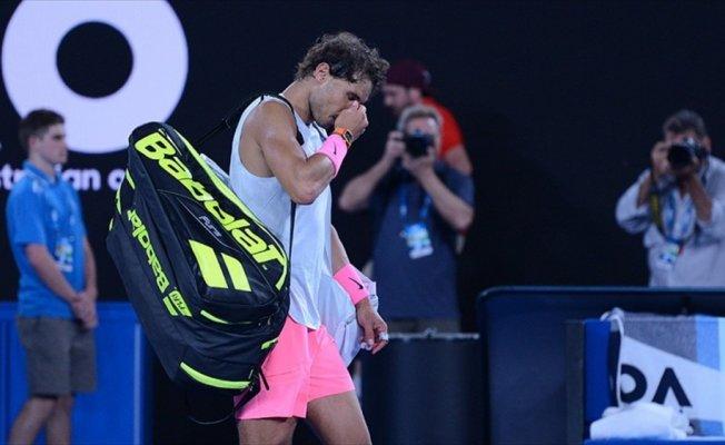 Nadal bir süre daha korta çıkamayacak