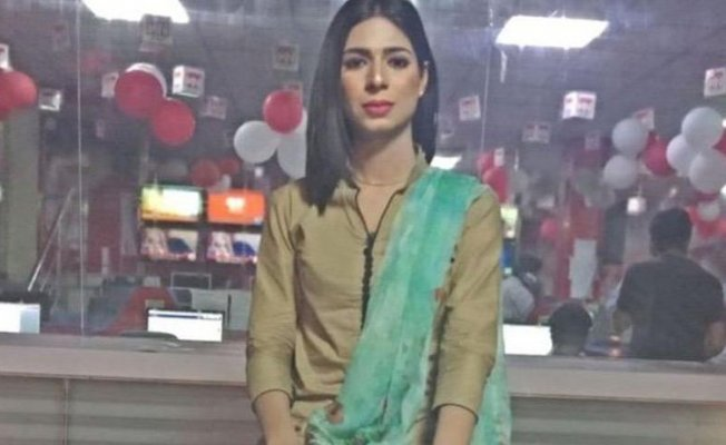 Pakistan'da bir ilk,trans haber spikeri!