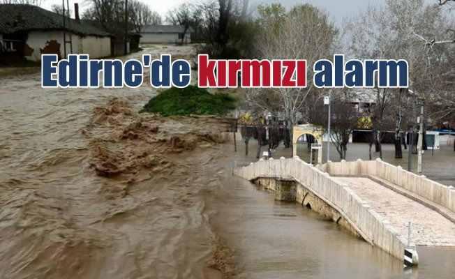 Tunca Nehri taştı, Edirne'de kırmızı alarm!