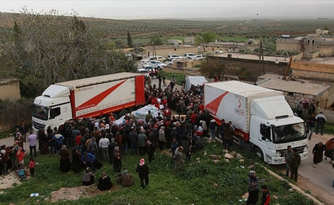 Türk Kızılayı Afrinli sivillerin yanında