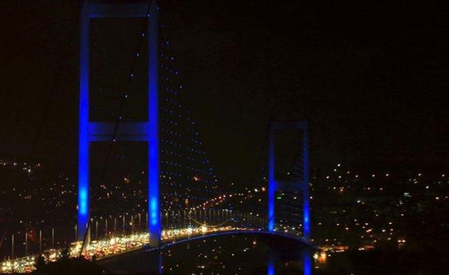 Türkiye otizme 'mavi ışık' yakacak