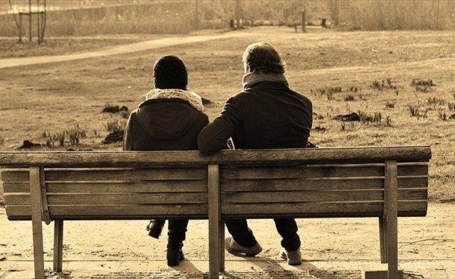 Türkiye'de kadınlar erkeklerden 5 yıl daha fazla yaşıyor