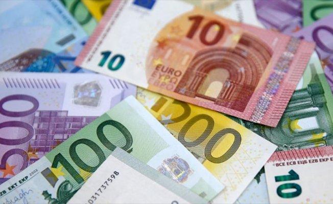 Türkler 2017'de yurt dışında alışverişe 113 milyon avro harcadı