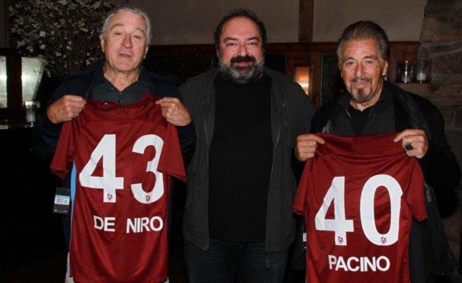 Al Pacino ve Robert De Niro'ya Trabzonspor forması